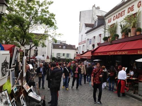 asilica_sacred_heart_paris_market