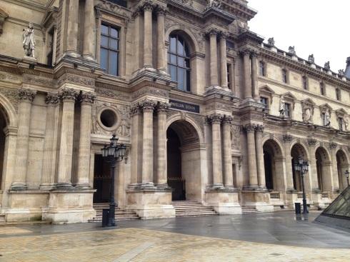 Paris_museum_louvre