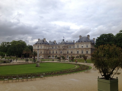 Paris_gardens_palace