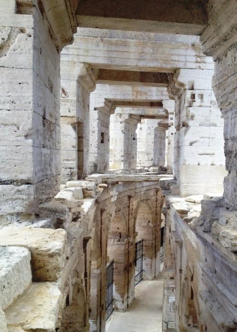 arles columns