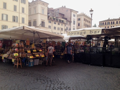 Campo de' Fiori market in Rome | www.the-wild-child.com