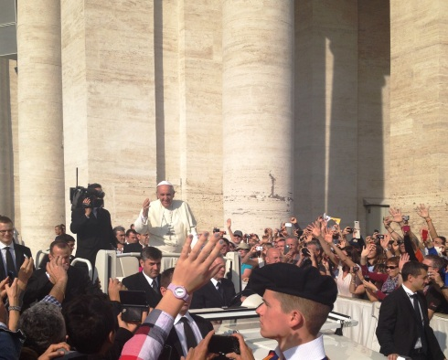 Pope Francis at Saint Peter's Square in Rome | www.the-wild-child.com