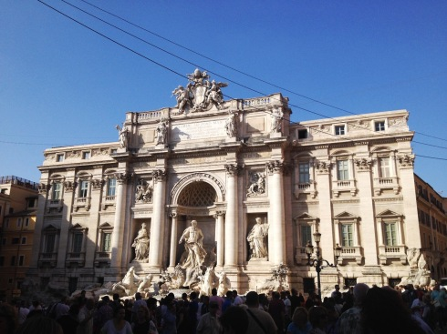 Trevi Fountain in Rome | www.the-wild-child.com