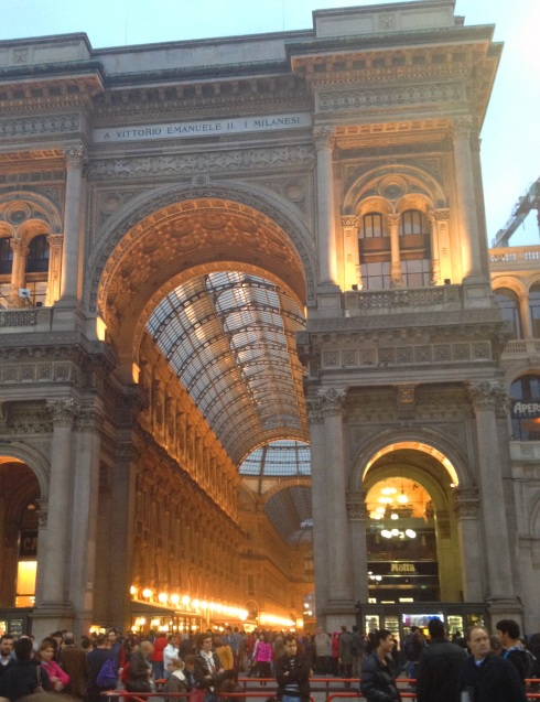 #Milan #Italy | www.the-wild-child.com