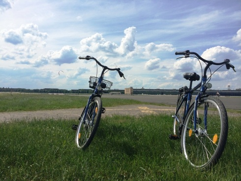 Biking in #Berlin | www.the-wild-child.com