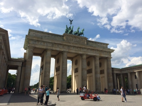 Brandenburg Gate #Berlin | www.the-wild-child.com