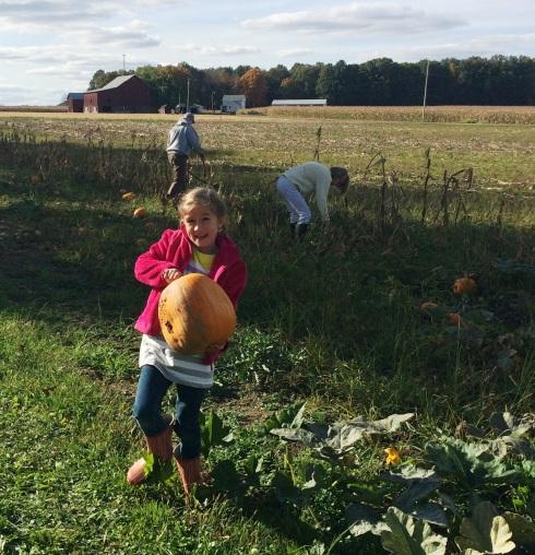 Pumpkin Picking | www.the-wild-child.com