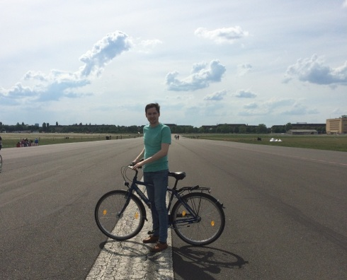 Tempelhof Biking #Berlin | www.the-wild-child.com