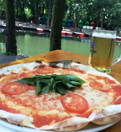 Pizza and Beer | www.the-wild-child.com